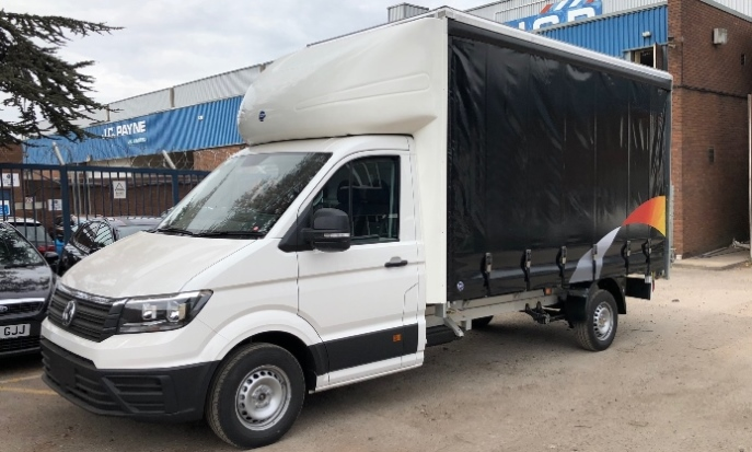 vw-crafter-curtain